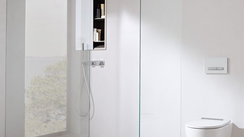 חדר רחצה Geberit ONE עם פתרון למקלחת